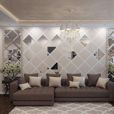 Интерьер гостиной с зеркальными вставками.