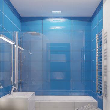 Маленькая бело-синяя ванная комната дизайн фото.
